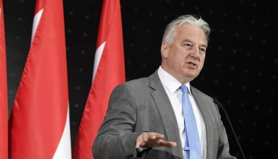 Semjén: Magyarország és Románia stratégiai érdeke az észak-déli tengely erősítése
