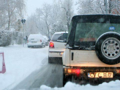 Hó okozott fejtörést