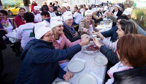 A legnagyobb háromszéki közös reggeli – 300 személy vett részt   Fotó: Kocsis B. János