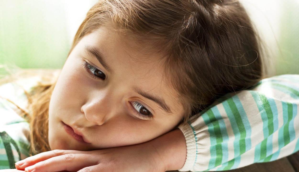 Több mint 16 ezer gyereknek mindkét szülője külföldön dolgozott december végén