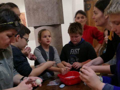 Gombanap a múzeumban