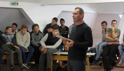 Alkoholprevenciós előadások erdővidéki iskolákban