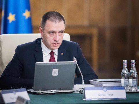 A belügyminiszter békés és törvénytisztelő magatartást vár el az augusztus 10-i tüntetésen