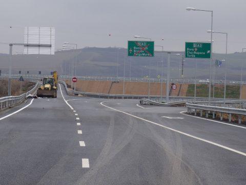 PMP: az állampolgárok ajánlhassák fel autópálya építésre is adójuk 2 százalékát