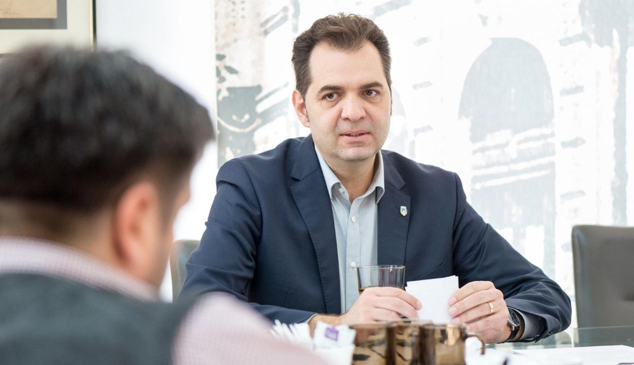Figyelmeztetésben részesítette a diszkriminációellenes tanács Antal Árpádot