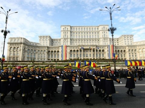 """A kereszténység felvételét és a """"Nagy Egyesülés"""" centenáriumát ünneplik a hétvégén Romániában"""