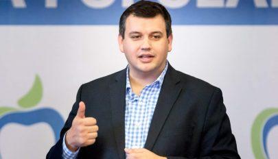 E. Tomac: Az ellenzéki pártoknak együtt kell benyújtaniuk a bizalmatlansági indítványt