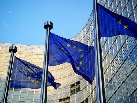 MCV-jelentés: A módosított igazságügyi törvények azonnali felfüggesztését javasolja az EB