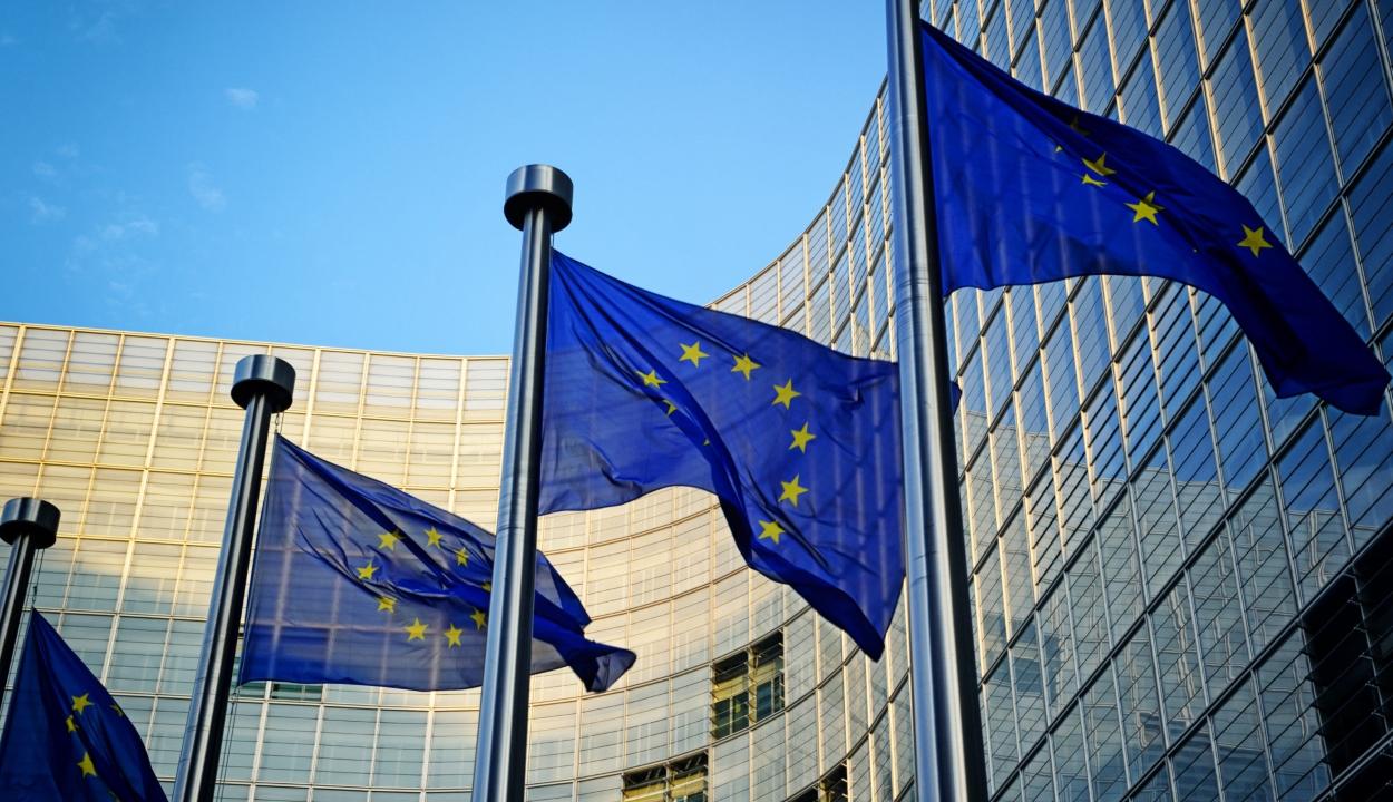 Az EB figyelmeztette Romániát, hogy terelje vissza az igazságügyi reformot a helyes útra