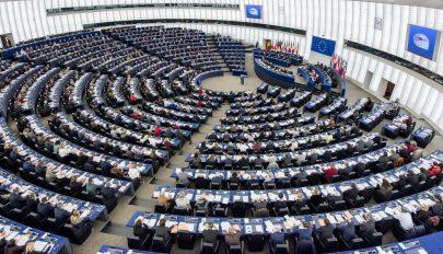 Ismét a magyar jogállamiságról vitáztak az Európai Parlamentben