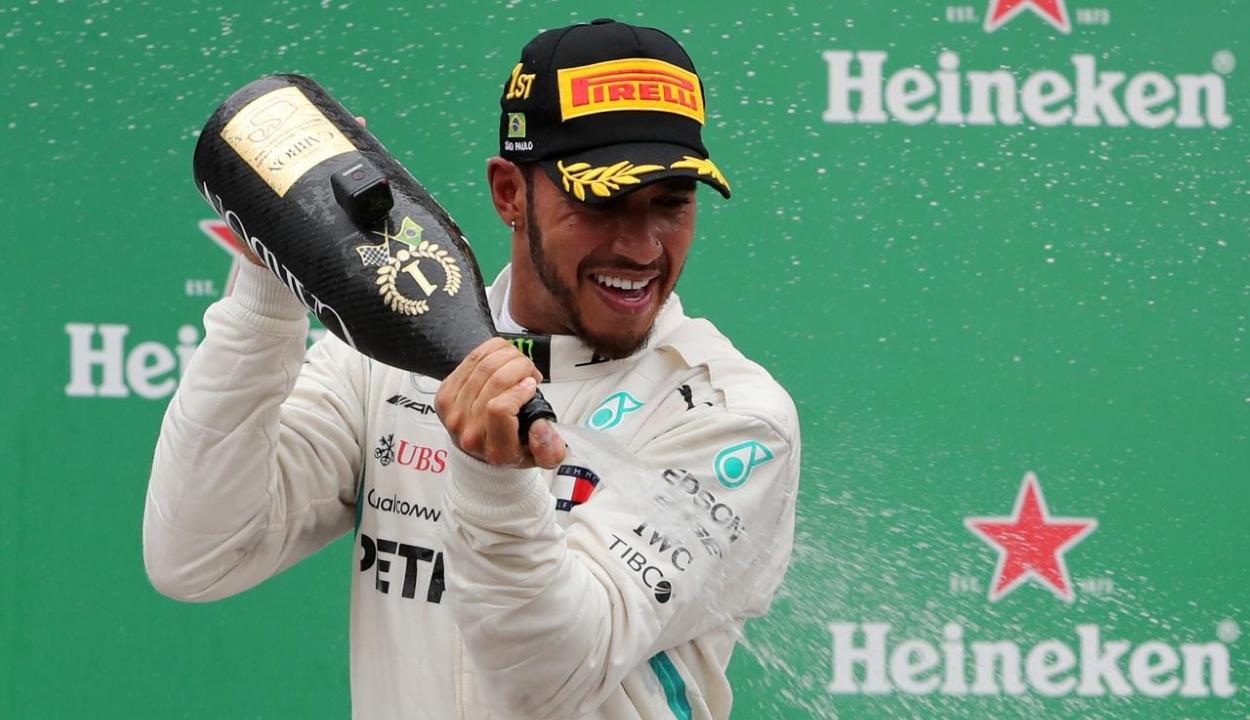 Brazil Nagydíj: Hamilton győzött, világbajnok a Mercedes