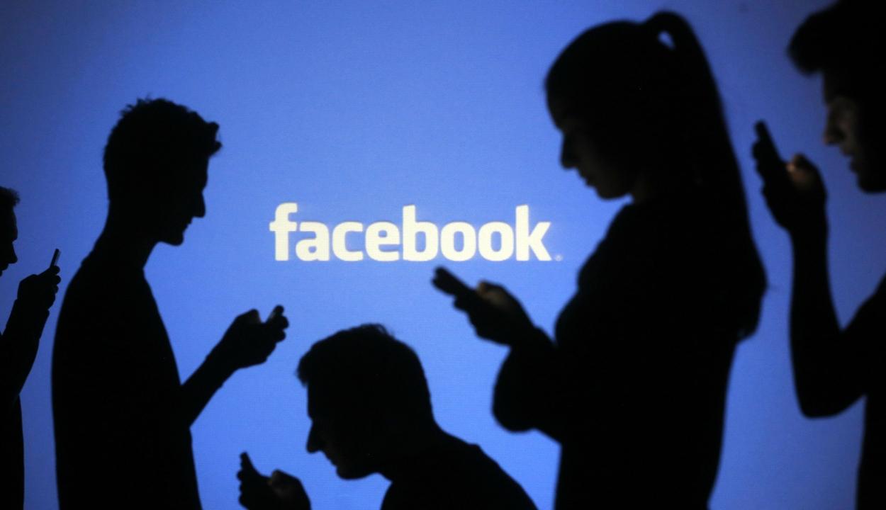 Feldarabolná a Facebook-ot az egykori társalapító