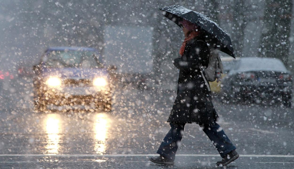 A következő 3-4 napban országszerte lehullhat az első hó