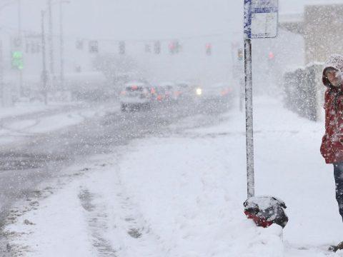 27 megyére terjesztették ki a hóviharok miatt kiadott sárga riasztást