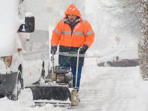 Nem éri felkészületlenül a hó Sepsiszentgyörgyöt