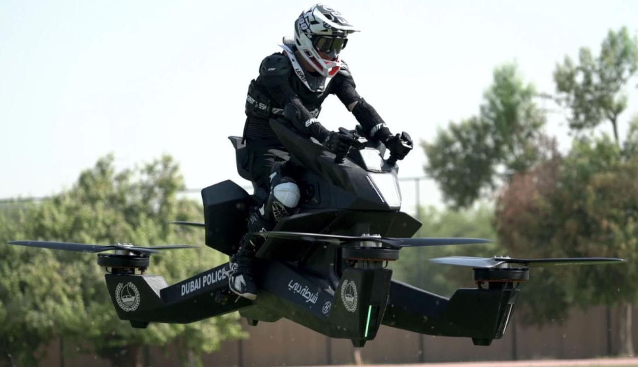 Sci-fibe illő repülő motorokat kapnak a dubaji rendőrök