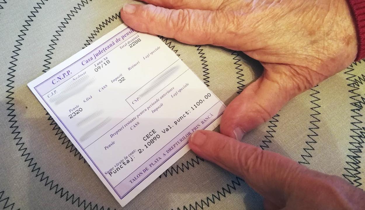 A jogosultak csaknem felének már kézbesítette a nyugdíjakat a posta