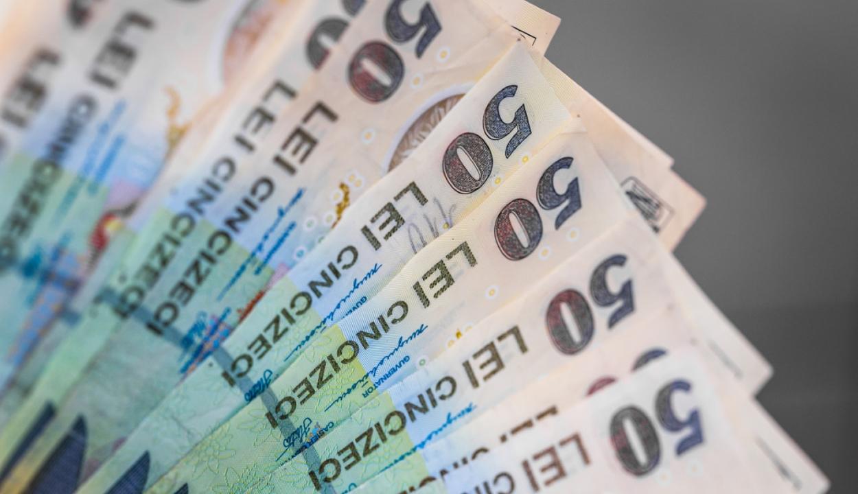 Munkaügyi miniszter: várhatóan január 1-jétől lép életbe a minimálbéremelés
