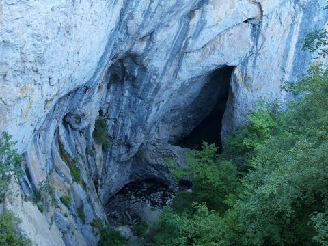Magyar barlangász szenvedett balesetet Fehér megyében