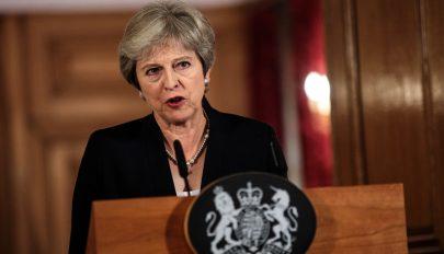 Theresa May: a parlament akár a Brexit halasztásáról is dönthet