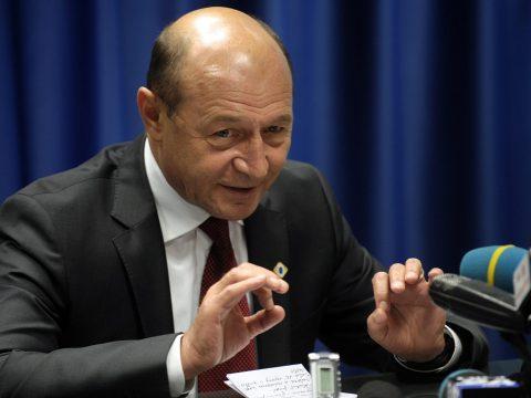 Băsescu: Most már semmi esélye a bizalmatlansági indítványnak