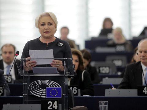 Dăncilă: Politikai határozatot fogadott el az Európai Parlament