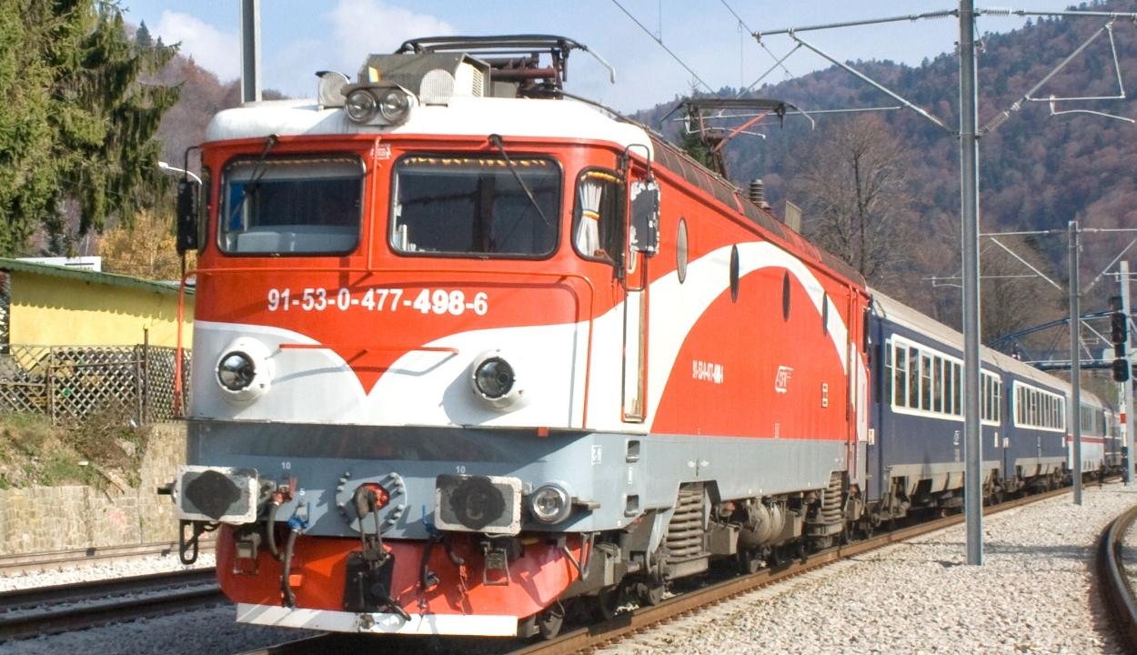 CFR: nem befolyásolja a vonatok menetrendjét az óraátállítás