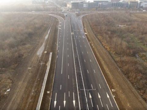 Átadták Románia első városi autópályáját