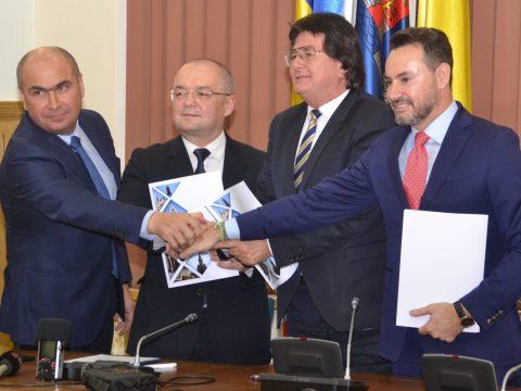 Nem akarnak Bukaresttől függni: szövetségre lépett Arad, Kolozsvár, Nagyvárad és Temesvár