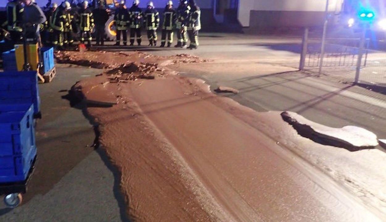 Csokoládé folyt az utcán egy német városban