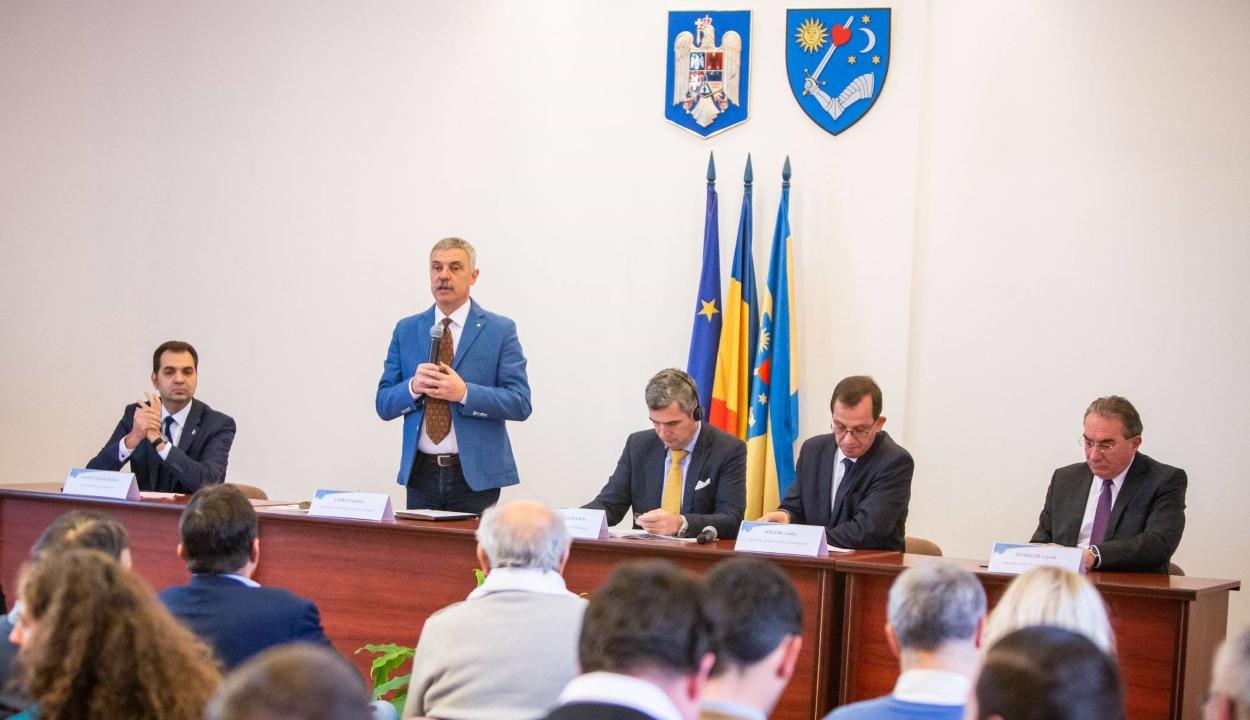 Székelyföld az olaszországi Dél-Tirol testvérrégiójává válna