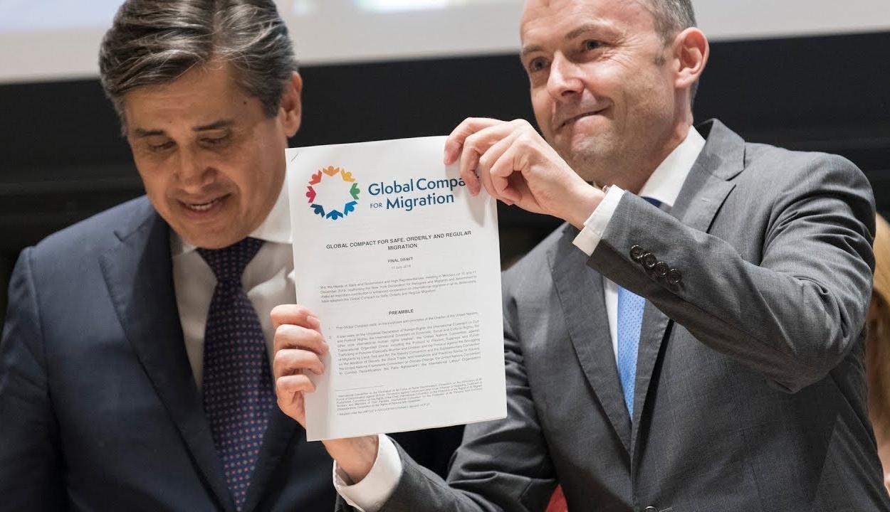 Elfogadták a globális migrációs csomagot