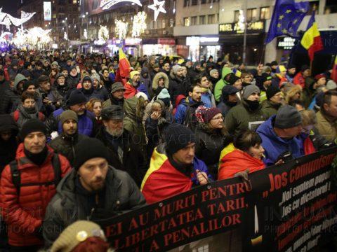 Felvonulással emlékeznek Bukarestben az 1989-es forradalomra