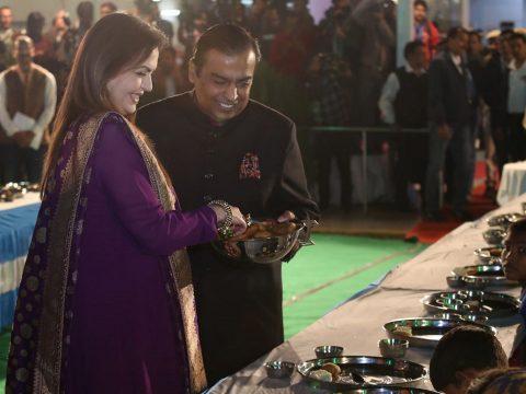 100 repülővel szállítják a vendégeket egy indiai esküvőre