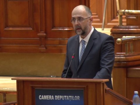 Az ellenzéket és a kormányt is bírálta Kelemen Hunor