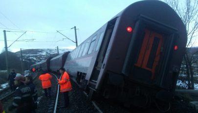 Kisiklott egy vonat három kocsija Hunyad megyében