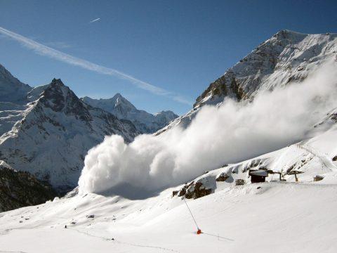 Nagy a lavinaveszély a romániai hegyekben