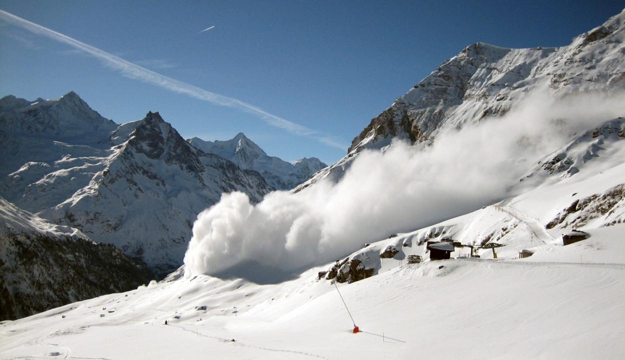 Nagy a lavinaveszély a Déli-Kárpátokban