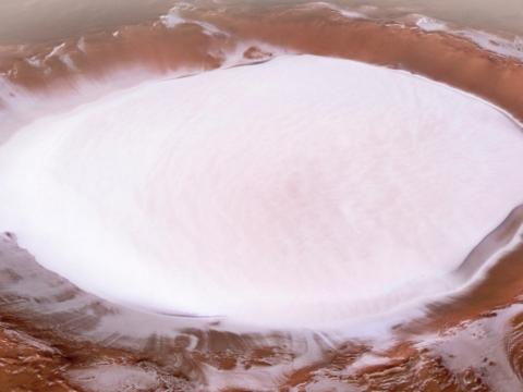 Káprázatos havas kép készült a Marson