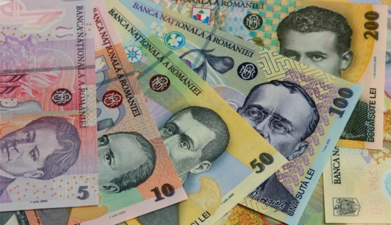 Források: elhalaszthatják a szeptemberre tervezett, 40 százalékos nyugdíjemelést