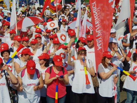Tiltakozássokkal fenyegetőznek az egészségügyi szakszervezetek
