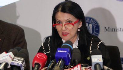 Egészségügyi miniszter: egyre kevesebb orvos megy el, és egyre több tér vissza az országba