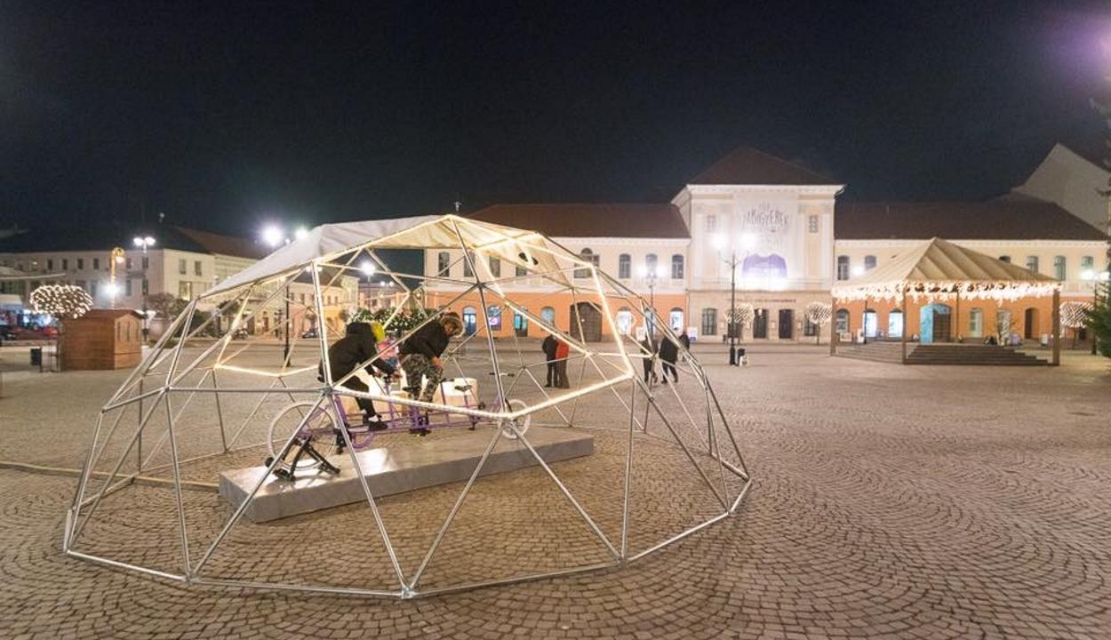 Azonosították a szentgyörgyi ünnepi installáció megrongálóját
