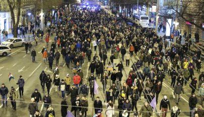 Összefogásra szólítottak fel az ellenzéki pártok a budapesti tüntetésen