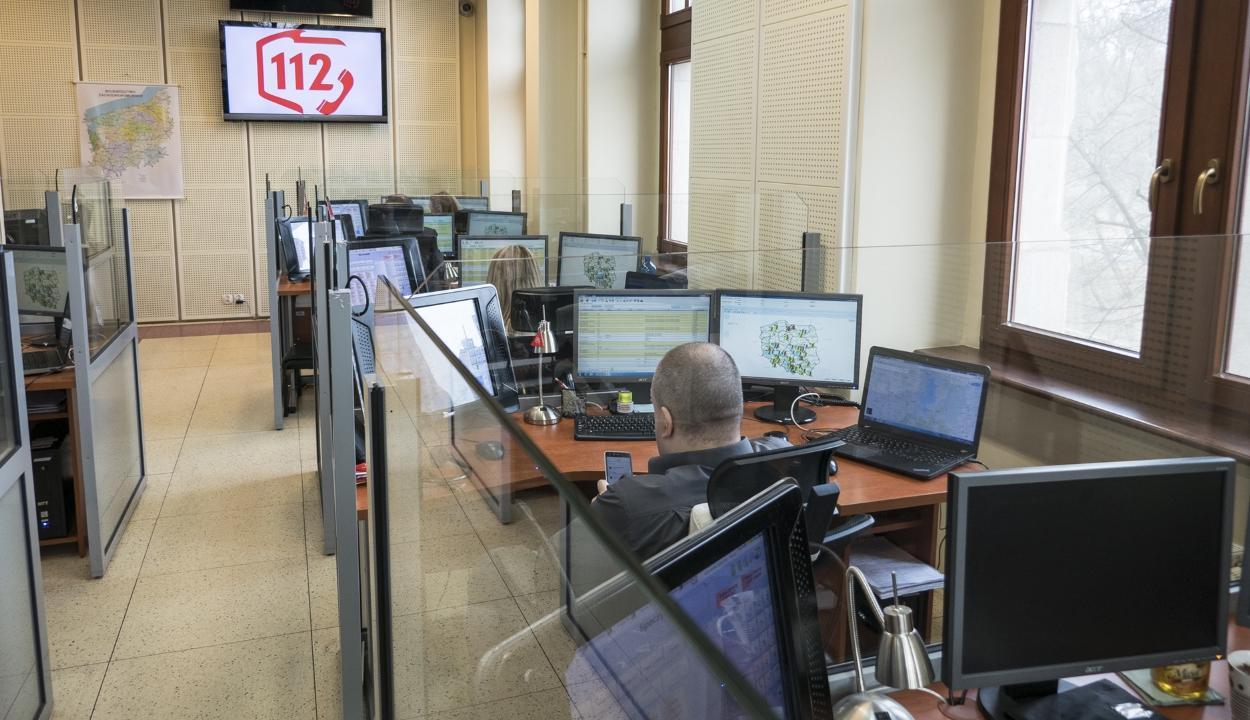 Intenzív program indult az 112-es hívásokat fogadó diszpécserek felkészítésére