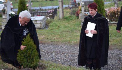 Hat éve a szörcsei gyülekezet szolgálatában