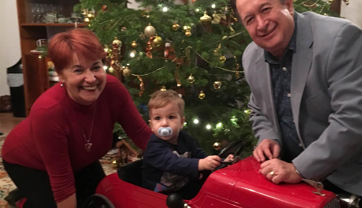 A 70 éves kisautó karácsonyi története
