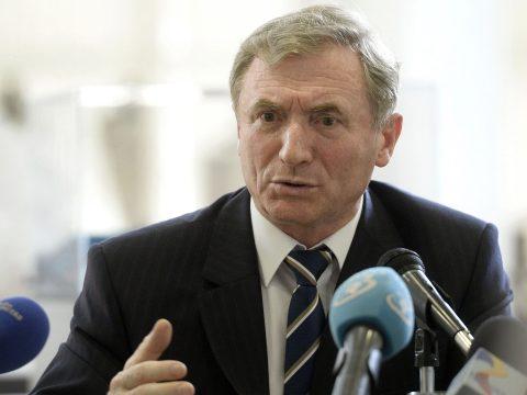 Augustin Lazăr: Az alkotmánybíróság döntései csak a jövőre nézve érvényesek