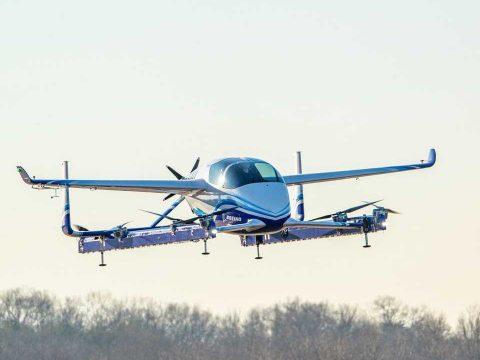 Önvezető repülő taxit tesztelt a Boeing