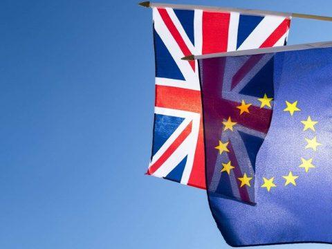 Eddig több mint 900 ezer EU-állampolgár kért tartós brit letelepedési engedélyt